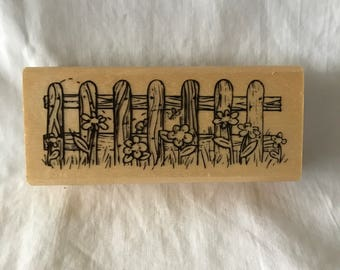 D012 Anita's picket fence rubber stamp,