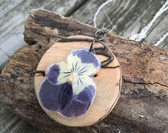 Pansy and Wood - Pressed Flower Necklace