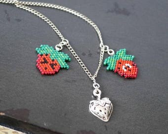 Strawberry Necklace, Unique Fruit Necklace, Beaded Strawberries, Cute Summer Necklace