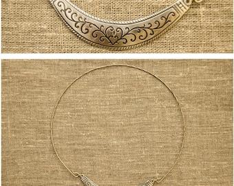 Old Russian amulet necklace Hryvnia Zlatozveta