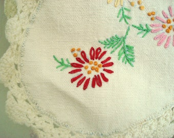 "Vintage Bureau Scarf Table Runner Hand Embroidered Floral Ivory Linen and Cotton Crocheted Trim Shabby Cottage Chic 38"" x 13"""