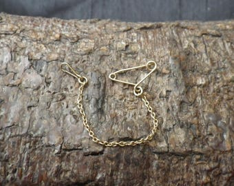 9ct Yellow Gold Safety Chain Brooch