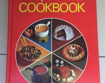 SALE Classic Betty Crocker Cookbook 1969 Edition.Vintage