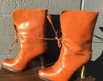 Vintage Fiammante Boots Size 5.5 Caramel Midi Fold Over Brown Gold Chain High Heeled Booties