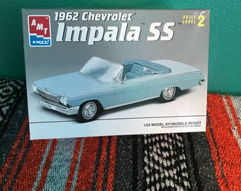 Vintage 1966 Chevy Olds 442 W30 1:25 Model Kit-New in Box