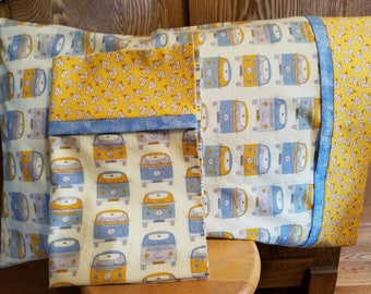 Set of 2 Pillowcases with Classic VW Vans Print