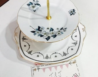 2 tier cake stand vintage pretty wedding / christening / party / Mother's Day / wedding decor