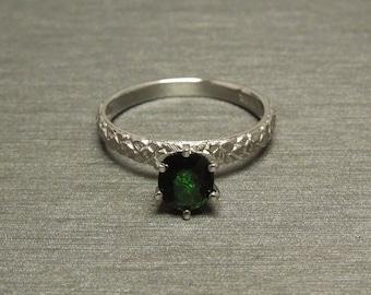 Vintage Estate C1970 Antique Style 14K White Gold 1ct Oval Tsavorite Green Garnet Solitaire Rosette Rose Engagement Ring Sz 6.25