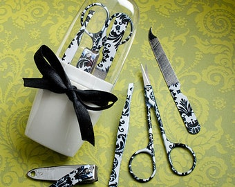 Pretty Damask Design Manicure Sets - Wedding Bridal Shower Party Favor 20-72 Qty  FC5929
