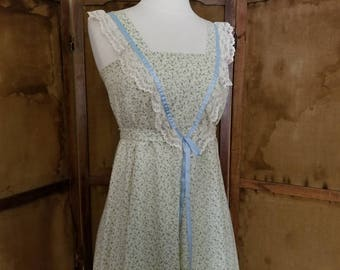 Vintage 1960s Ruffled Dress