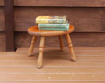 Wooden Stool Vintage Foot Stool Wood Step Stool Little Oval Footrest & Wood step stool | Etsy islam-shia.org