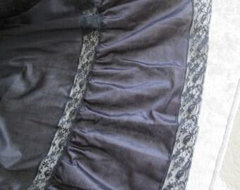 Vintage Henson Kickernick Black Long Half Slip  Circa 60s/70's  #17242