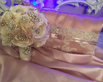 Dusty rose/ivory bouquet and pillow
