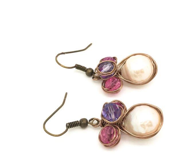 Pink freshwater pearl brass earrings, Light pink pearl dangle, Natural Light Pink Freshwater Pearl Earrings