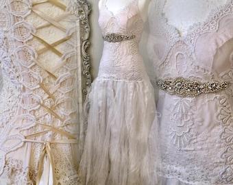 Wedding dress antique laces,bridal gown lace,boho wedding dress tulle,alternative wedding dress,beach wedding dress,wedding dress lace,Raw