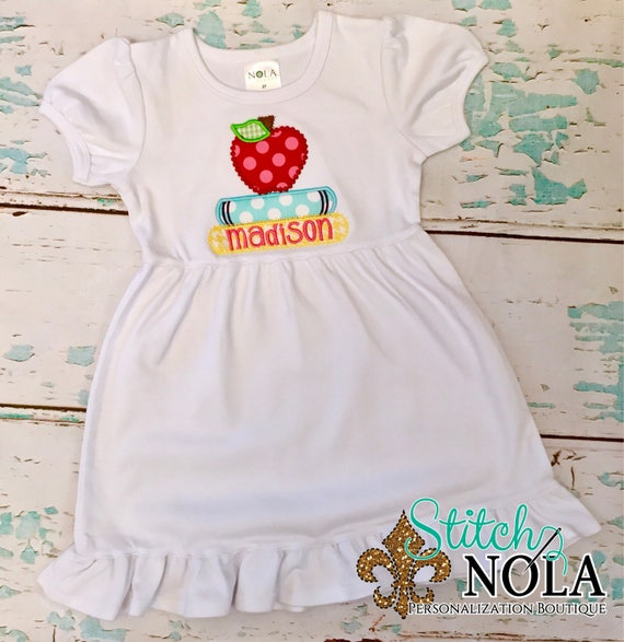 Apple with Books Applique, Apple Shirt, Back to School Shirt, Back to School Applique, Apple Applique, Apple Shirt, Back to School Applique
