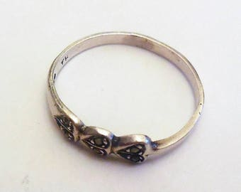 Vintage Ring Size 6 Sterling Silver 925 Hearts Jewelry Women's Fashion Accessories Casual Style Silver Band