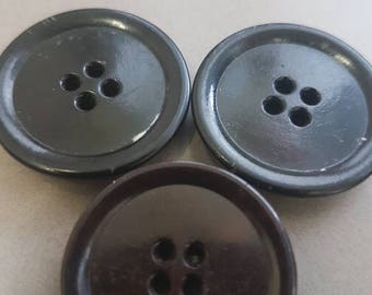 Three chunky black plastic vintage buttons in good vintage condition