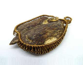 Natural Agarwood Copper Wire Wrap Pendant 3.5g Handmade, Oud, Necklac, Collectable, Spiritual