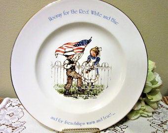 Plate Patriot Holly Hobbie Freedom Series Early America Flag Collector Ceramic Porcelain blm
