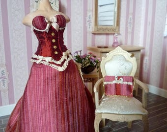 Evening dress and pochette in 1:12 scale with