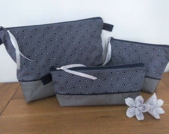 Toilet bag waterproof Navy Argyle fabric white with or without a handle for