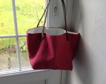Tote pink bag.