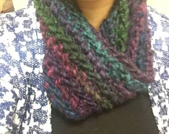 Multicolor crochet cowl