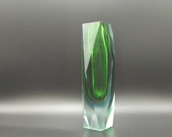 Murano  Seguso   Diamond cut Italian Faceted  Green /Yellow / Clear  Crystal Glass vase Italy.  attributed to Flavio Poli.