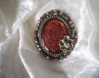 large pendant, oval, reddish brown Medallion /strass, unique piece