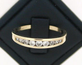 9ct Yellow Gold Half Eternity Cubic Zirconia Ring size O 1/2 1991