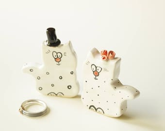 Unique Wedding Cake Topper, Cat Cake Topper, Wedding Cake Topper, Wedding Cake Decor, Cat Couple, Handpainted Cat, Ceramics and Pottery