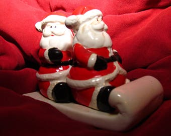 Santa Clause Salt And Pepper Shaker Set