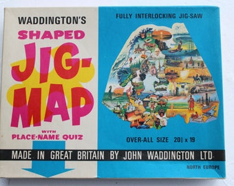vintage jig-map NORTH EUROPE map puzzle wall hanging poster waddington's made in great britan jig map