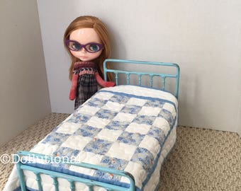 Custom Ooak Quilt for Blythe or similar doll 1:6 scale Blanket Blue & White birdie