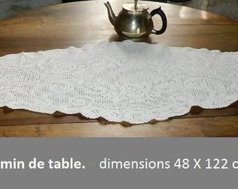 Doily - table runner. Crocheted, handmade french VINTAGE 48 cm x 122 cm