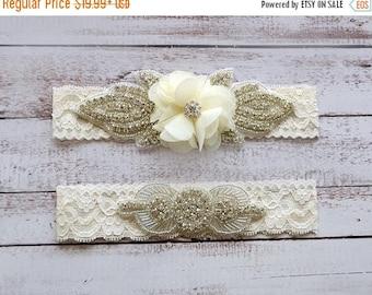 ON SALE Wedding Garter, NO Slip Lace Wedding Garter Set, bridal garter set, pearl and rhinestone garter set, vintage rhinestones Style A2011