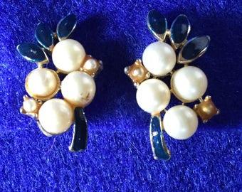 1950s Enamel and Faux Pearl Clip On Earrings