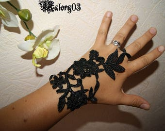 Black Lace wedding mitten * Shamrock * X 1