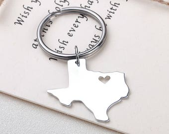 I heart Texas keychain - Texas keyring - Map Jewelry - State Charm - Map keychain