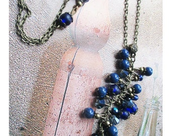 """Necklace «Wisdom and meditation» - """"Cluster of lapis lazuli Crystal and glass beads"""" on brass bronze"""