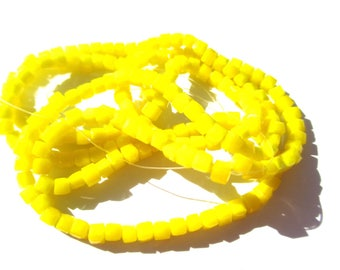 30 SQUARE 3 MM YELLOW CRYSTAL BEADS