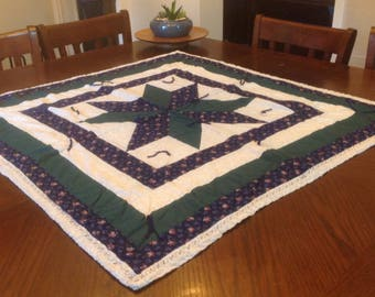 Vintage Small Quilt, Table top Quilt, Star Quilt, Vintage Quilts
