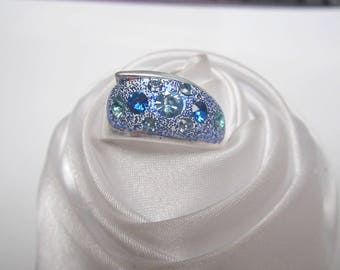 ring Blue Crystal beads in shades of Blue Crystal