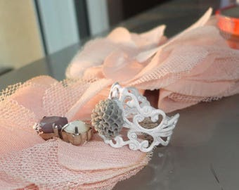romantic ring, white and gray