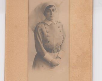1900s era Sarony Photograph of Nurse in Uniform — Free Shipping!
