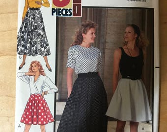 Butterick 5332 - 1990s Easy to Sew Three Piece Flared Skirt in Mini or Midi Length - Size 18 20 22