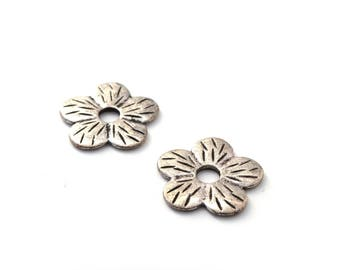 Antique 22 mm set of 2 Silver Flower beads
