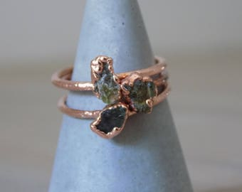 Green peridot ring - rough crystal ring - copper crystal ring - stacking ring - boho ring - gifts for her - august birthstone ring