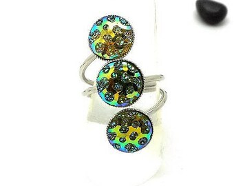 triple green cabochons with Rhinestone ring